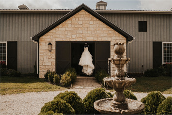 Lawrence, KS Wedding Venues