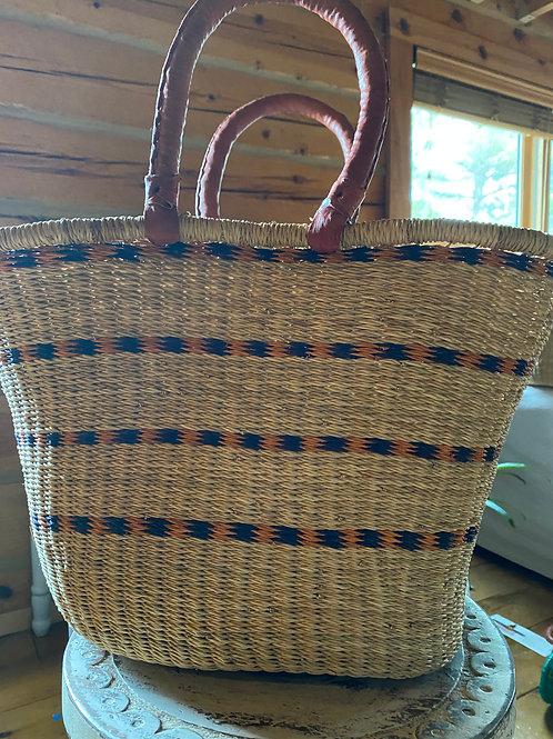 Ghana woven grass V-shaped oval basket