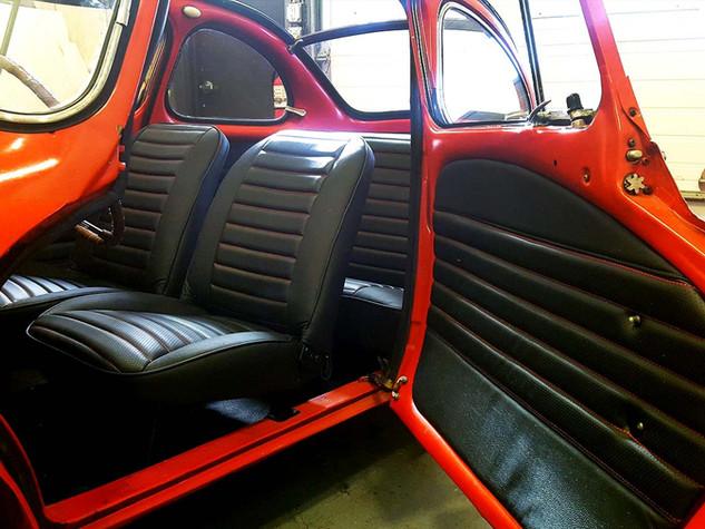 EAS_interior-001_antique_horizontal.jpg
