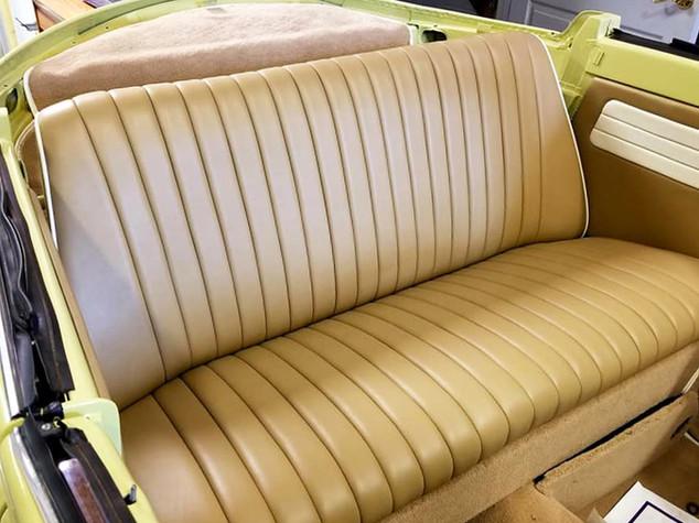 EAS_interior-003_antique_horizontal.jpg