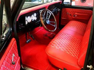 EAS_interior-005_antique_horizontal.jpg