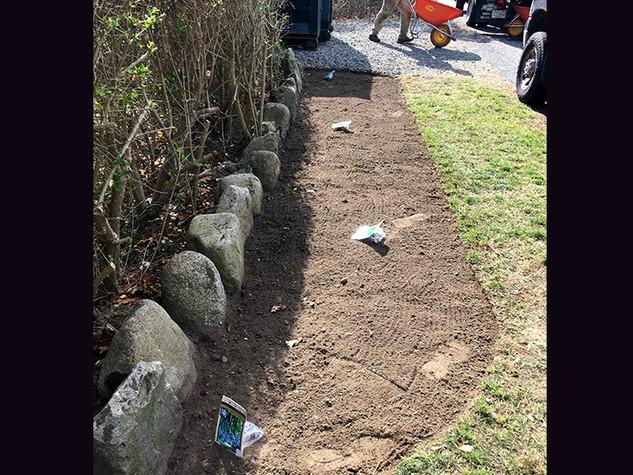 Garden Bed Preparation & Bulb Planting