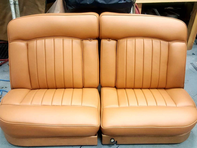EAS_leather-005_car_horizontal.jpg