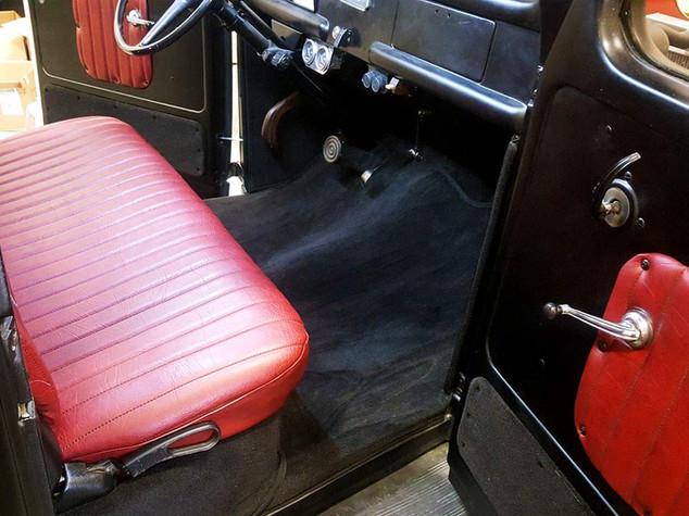 EAS_interior-006_antique_horizontal.jpg