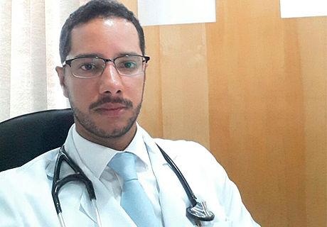 Dr. Maurício Melo