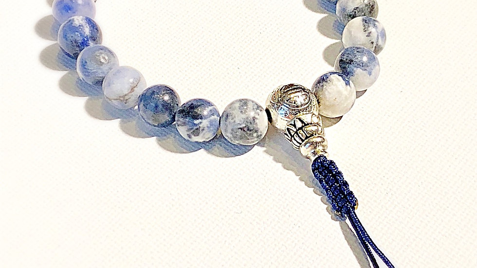 Crystal Healing Mala Bracelet Sodalite (Sterling Silver Guru Bead)