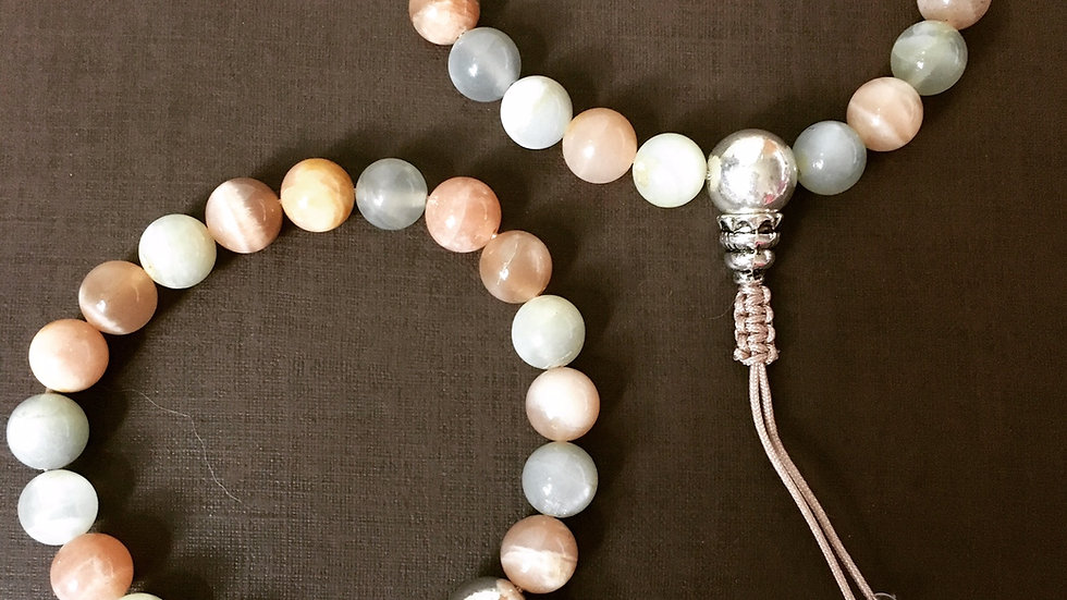 Crystal Healing Mala Bracelet Peach Moonstone (Sterling Silver Guru Bead)