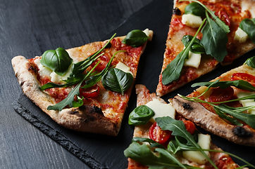 tasty-homemade-traditional-pizza-italian