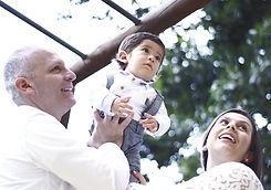 family-2901211_1920_edited_edited.jpg