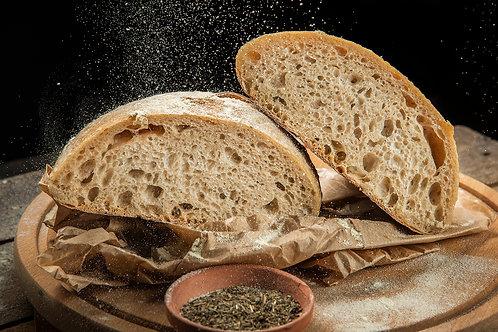 Домашен бял пшеничен хляб  с жива закваска 450 г