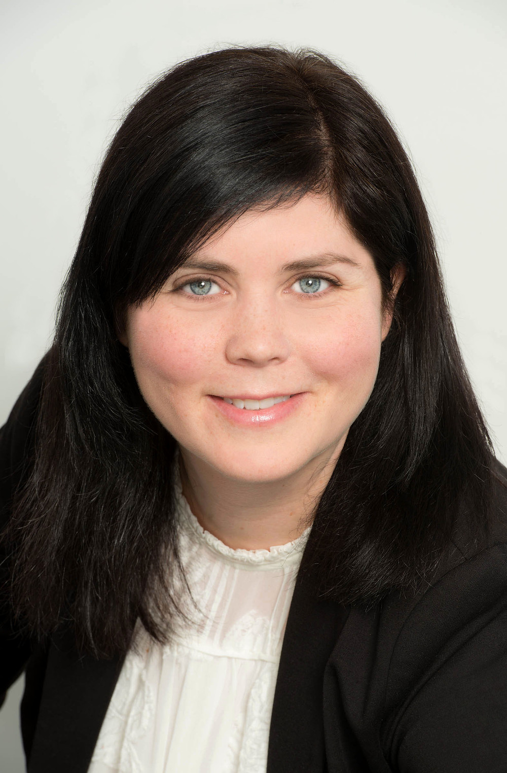 ERIN SIMPSON, FAMILY LAW LAYER