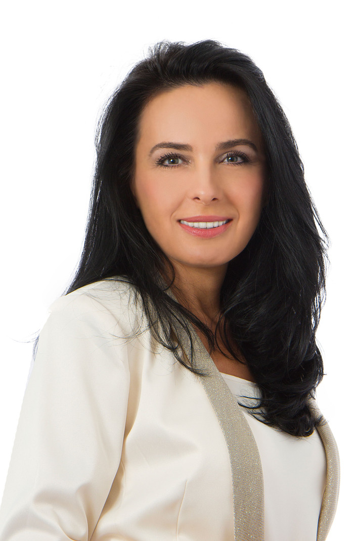 GABRIELA MARCU, BROKER, ROYAL LE PAGE YOUR COMMUNITY REALTOR, RICHMOND HILL, ONTARIO