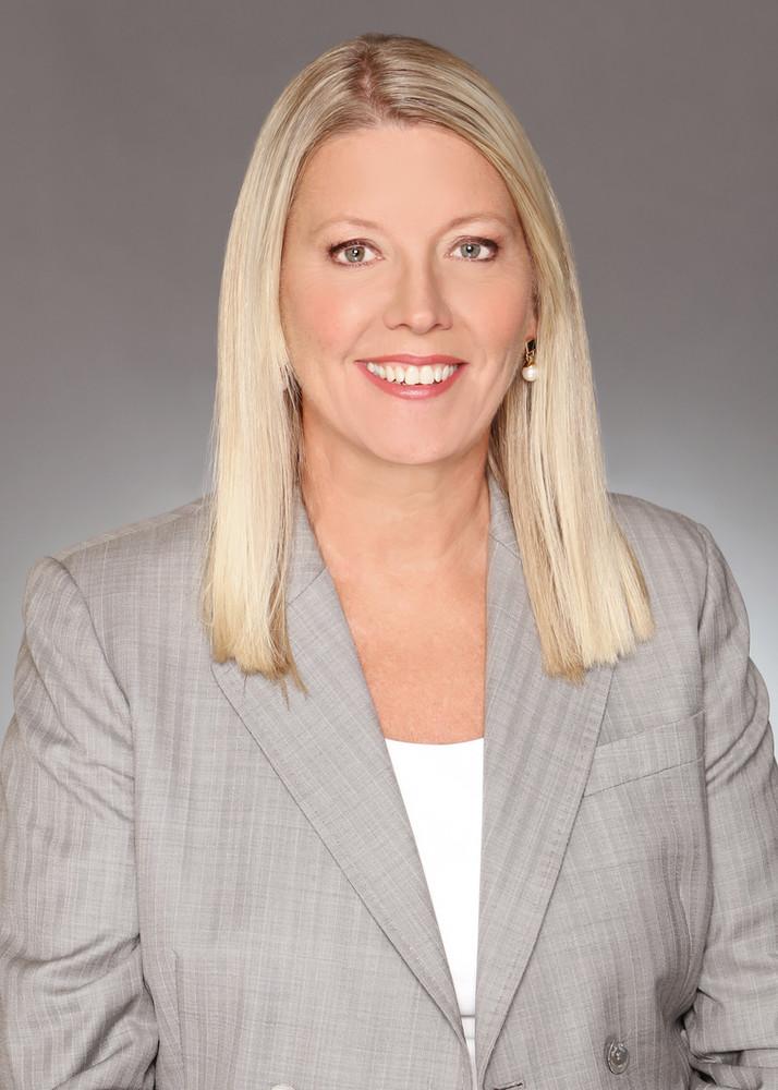 DOROTHY-ANNA ORSER, VP and Senior Portfolio Manager, Echelon Wealth Partners