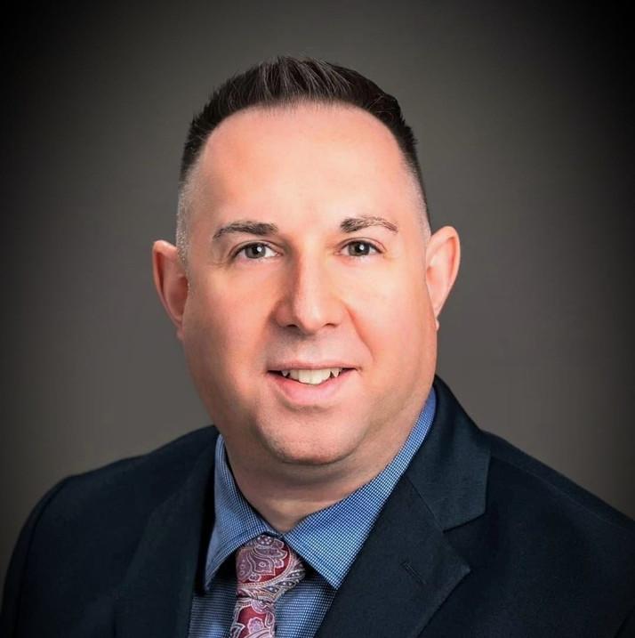 STEVEN BARTEAUX, CFP, CIM, PFP, Division Director, IG Wealth Management, Halifax, Nova Scotia