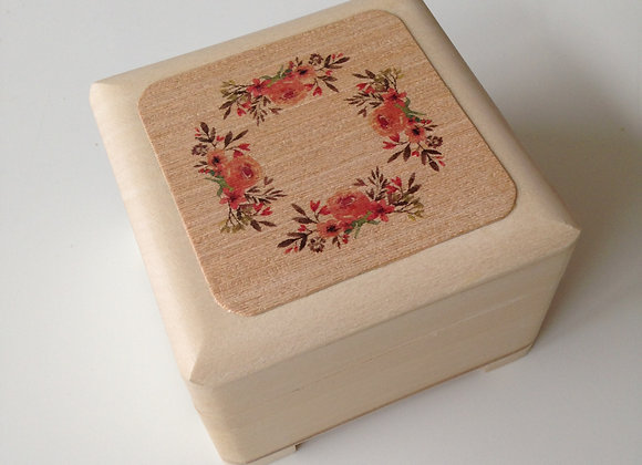 Beautiful trinket box with Floral design