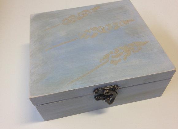 Lavender gift square box