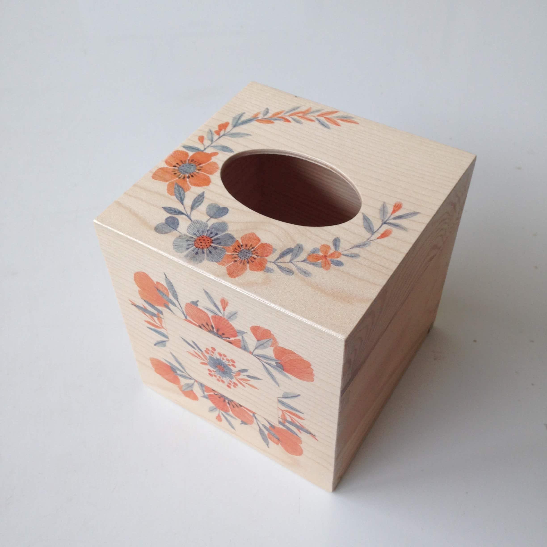 Square tissue box - orange floral