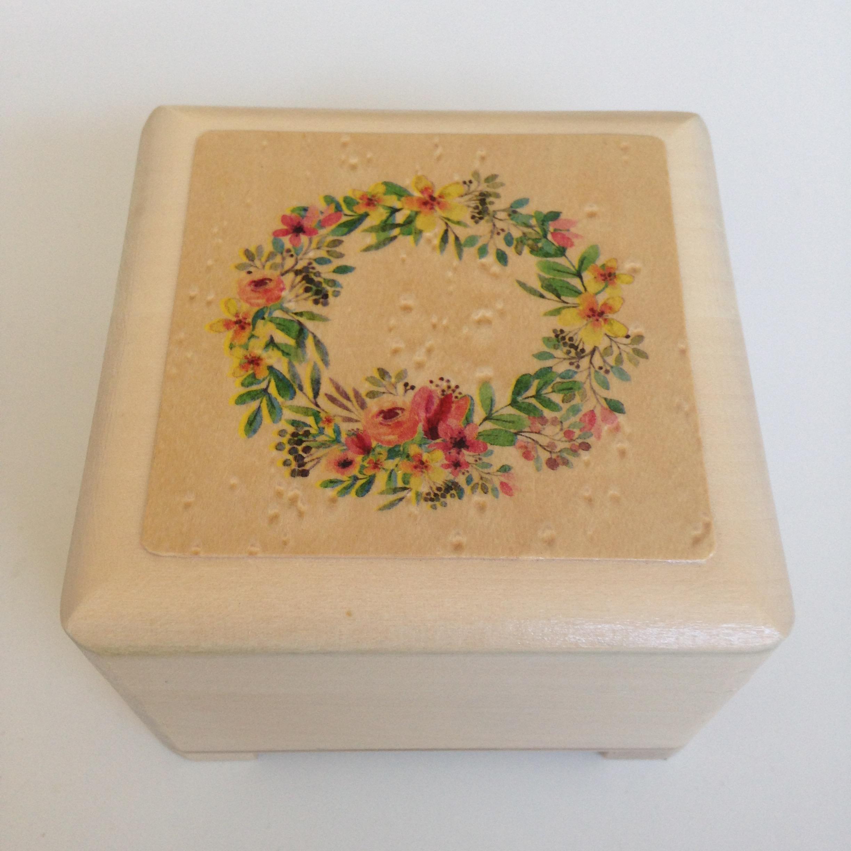 Small Jewellery/keepsake box
