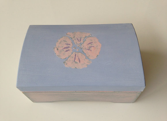 2-compartment hand painted jewellery chest.