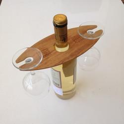 Držiak na poháre na víno