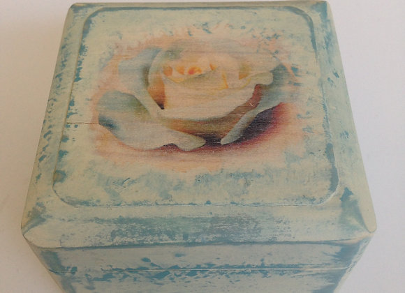 Square vintage jewellery box PS9