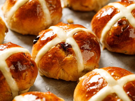 How To Share The Story Of Easter  Through A Hot Cross Bun.
