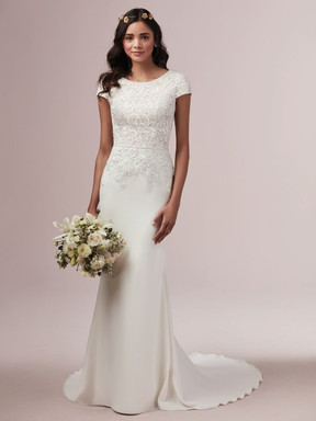 Wedding Dress Trends 2020.Hot Off The Runway The 2020 Wedding Dress Trends