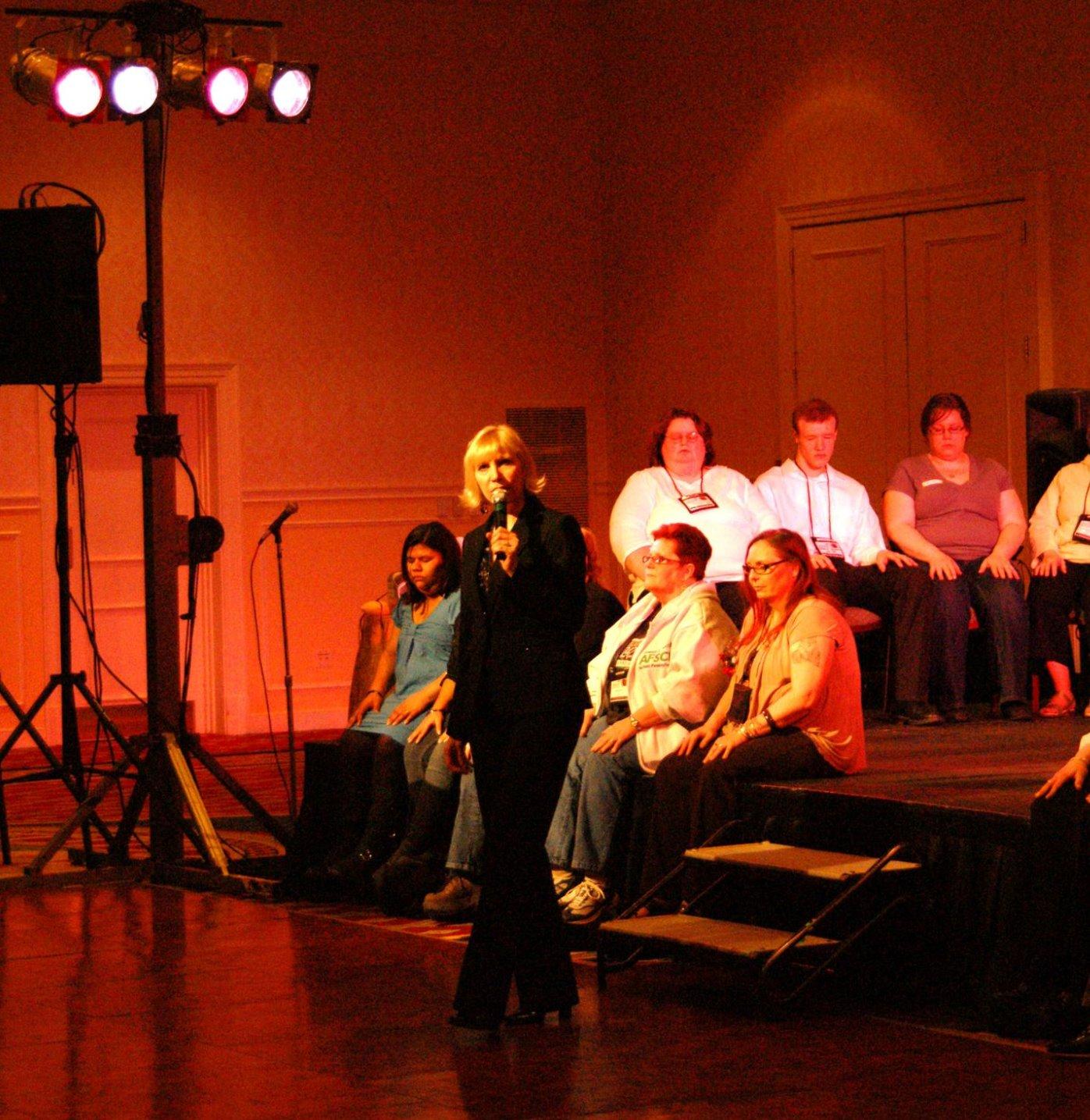 Laura Amoroso Corp Hypnosis Show