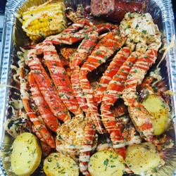 crab legs with butter sauce