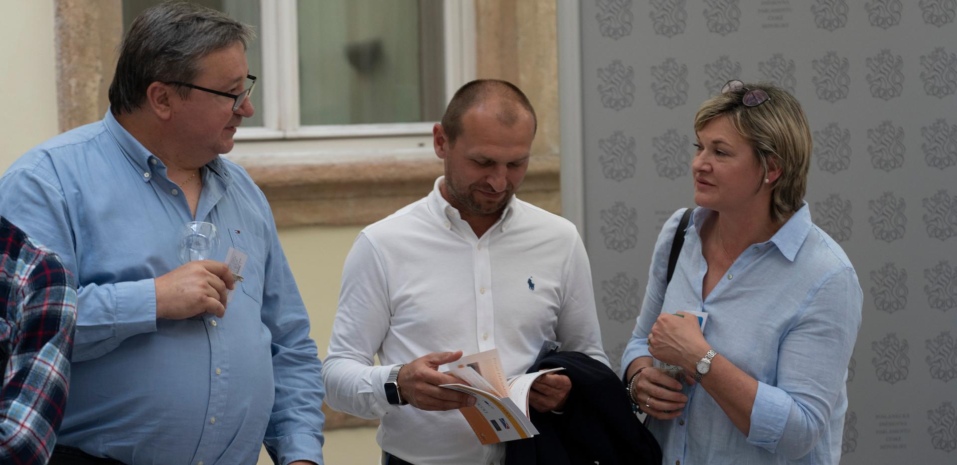 Usmev_snemovna_2020_053.jpg