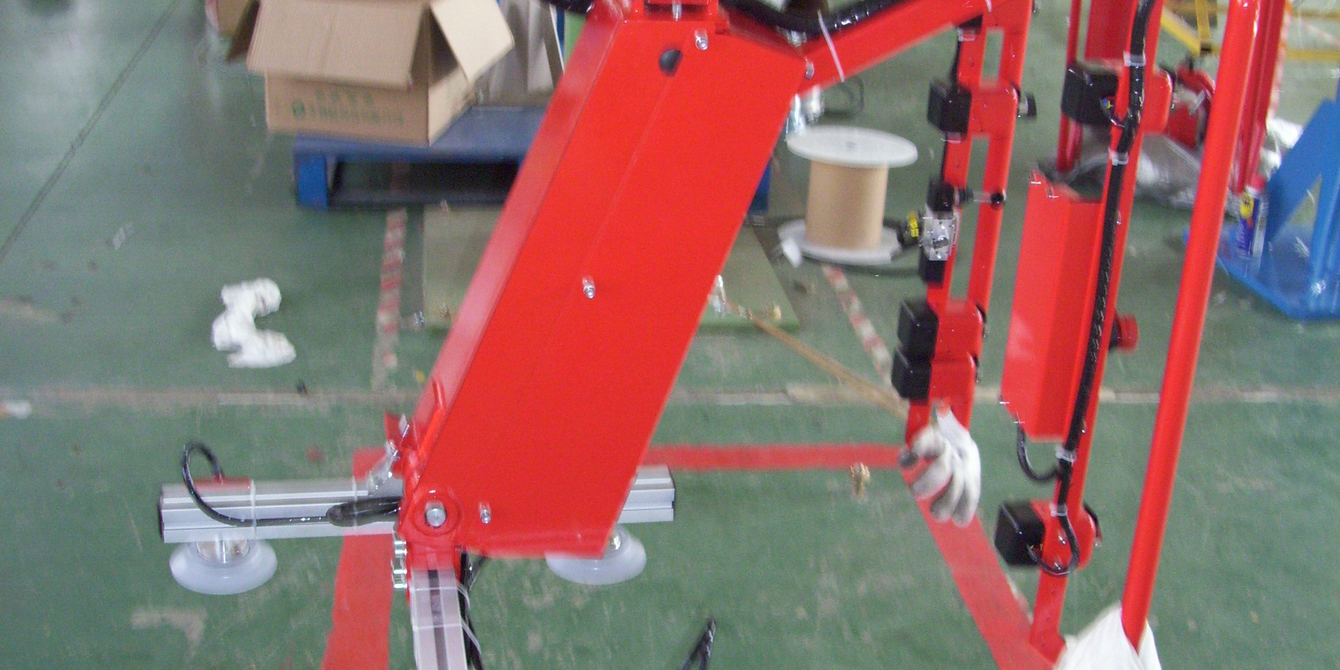 Pneumatic Sheet Metal Lifter.JPG