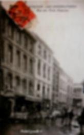 Rue des Trois Faucons Avignon. Cartes postales anciennes. Michel Gromelle. Avignon la cité mariale.