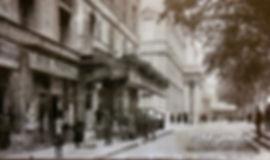 Place de l'Horloge Avignon. Cartes postales anciennes. Michel Gromelle. Avignon la cité mariale.