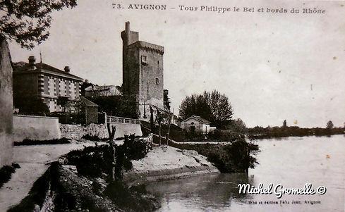 Tour Philippe Lebel Villeneuve lez Avignon.Cartes postales anciennes. Michel Gromelle. Avignon la cité mariale.