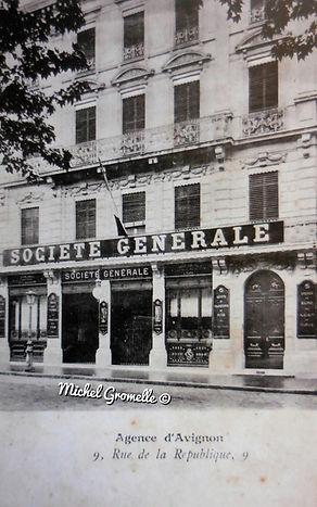 Publicité d'Avignon. Cartes postales anciennes. Michel Gromelle. Avignon la cité mariale.