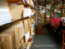 Avignon, histoire, patrimoine, statue, vierge, médiévale, chapelle, église, cité mariale, rempart, palais des papes,Académie de Vaucluse, rue galante,Avignon