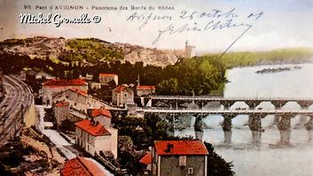 Bords du Rhône villeneuve lez Avignon. Cartes postales anciennes. Michel Gromelle. Avignon la cité mariale
