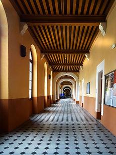 181026-Ecole St Joseph -Couloir.jpg