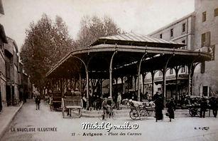 Place des Carmes  Avignon . Cartes postales anciennes. Michel Gromelle. Avignon la cité mariale.