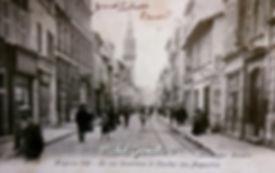 Rue de la Carreterie Avignon. Cartes postales anciennes. Michel Gromelle. Avignon la cité mariale.