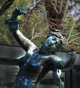 Statue_Venus_détail.jpg