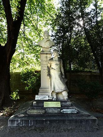 Statue Perdiguier Squ Perdiguier.jpg