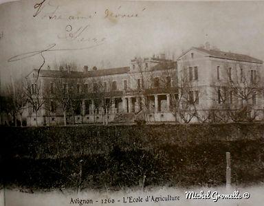 Ecole d'Agriculture Avignon. Cartes postales anciennes. Michel Gromelle. Avignon la cité mariale.