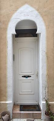 Tarasque 18 blanche.jpg