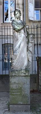 Statue 5 Square Perdiguier.jpg