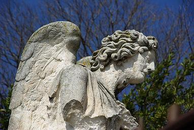 Ange Calvaire 2.jpg