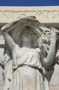 Monument aux Morts Doms3.jpg