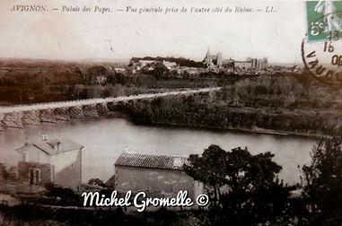 Palais des Papes Avignon Vue de l'autre côté du Rhône. Cartes postales anciennes. Michel Gromelle. Avignon la cité mariale.