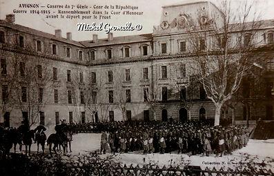 Ancienne Caserne du 7° Génie Rue de la République Avignon. Cartes postales anciennes. Michel Gromelle. Avignon la cité mariale.
