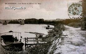 Bac à Treille Bords du Rhône Avignon. Cartes postales anciennes. Michel Gromelle. Avignon la cité mariale.